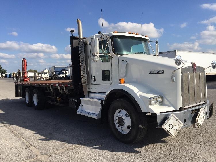 Flatbed Truck-Heavy Duty Tractors-Kenworth-2011-T800-SAN ANTONIO-TX-270,200 miles-$57,500