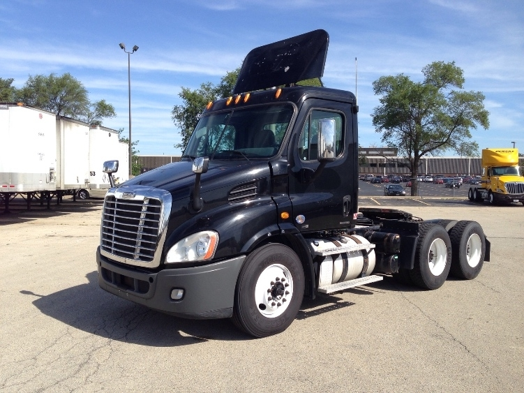 Day Cab Tractor-Heavy Duty Tractors-Freightliner-2012-Cascadia 11364ST-ROMEOVILLE-IL-416,386 miles-$36,500