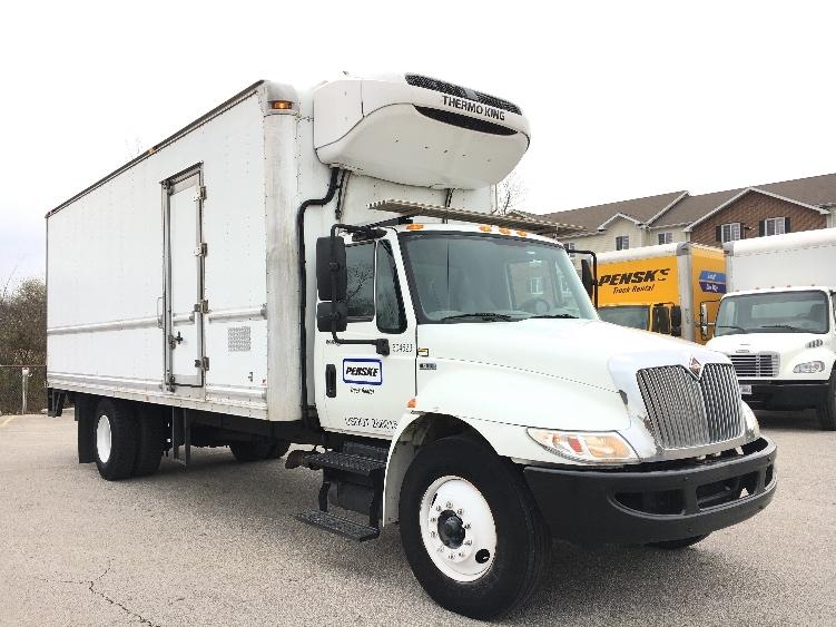 Reefer Truck-Light and Medium Duty Trucks-International-2012-4300-OAKWOOD VILLAGE-OH-133,957 miles-$34,000