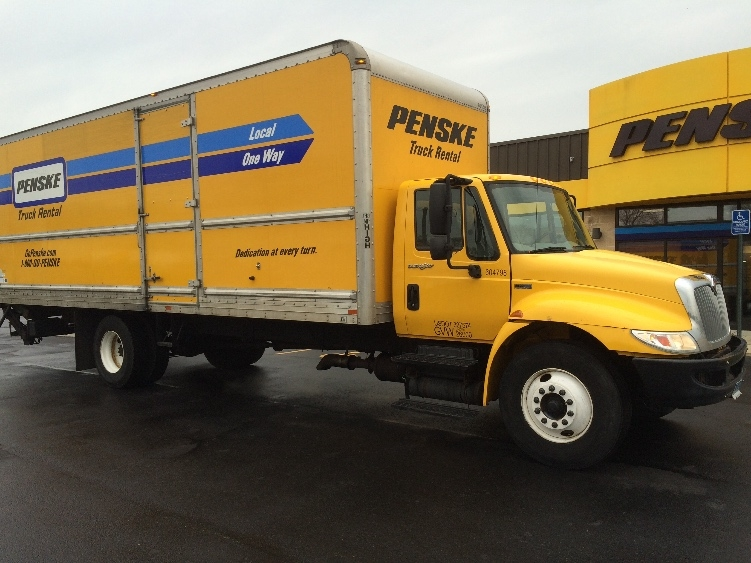 Medium Duty Box Truck-Light and Medium Duty Trucks-International-2012-4300-CHICOPEE-MA-170,405 miles-$24,750