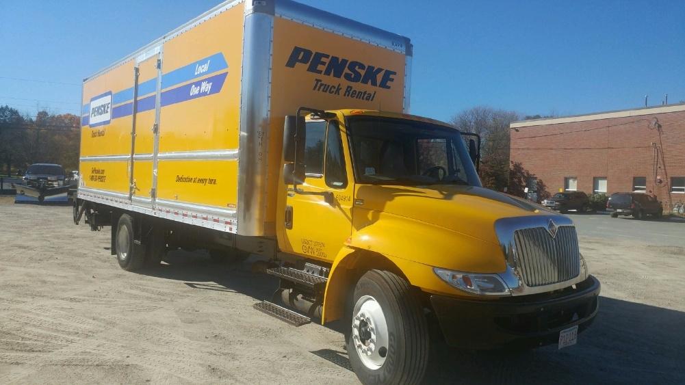 Medium Duty Box Truck-Light and Medium Duty Trucks-International-2012-4300-AUBURN-MA-209,890 miles-$30,750