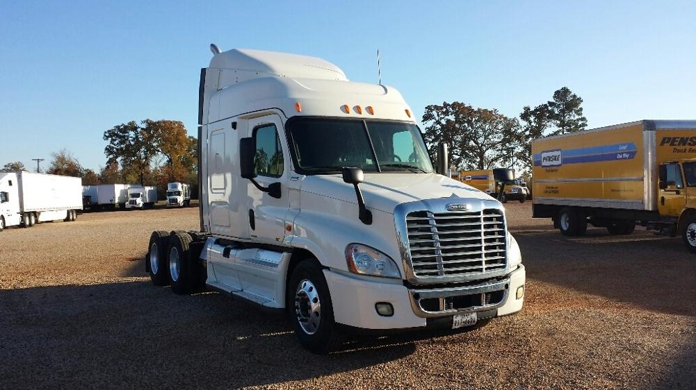 Used TADCs For Sale in TX - Penske Used Trucks