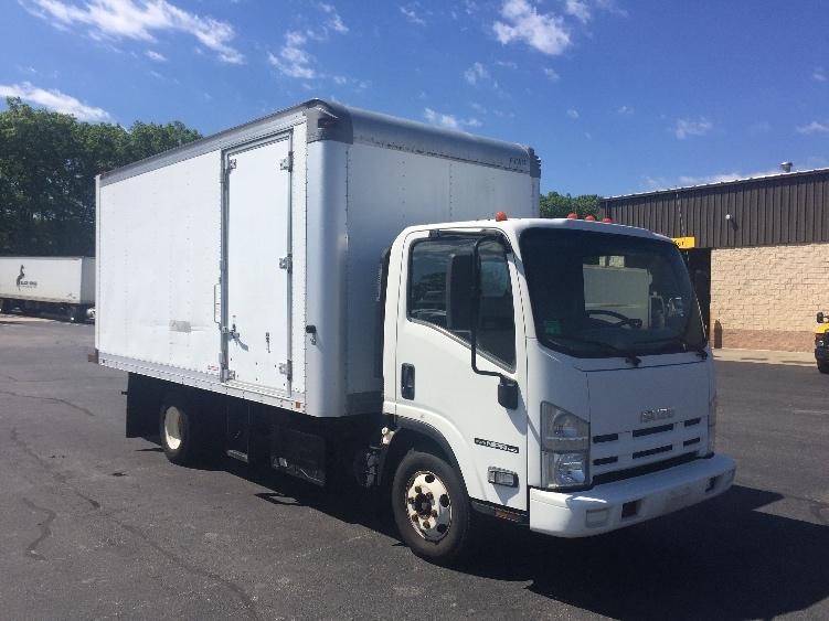 used medium duty box trucks for sale in ri penske used trucks. Black Bedroom Furniture Sets. Home Design Ideas