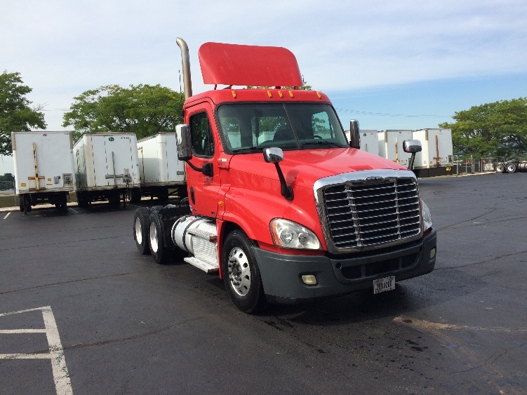 Day Cab Tractor-Heavy Duty Tractors-Freightliner-2011-Cascadia 12564ST-CARLISLE-PA-210,575 miles-$50,750