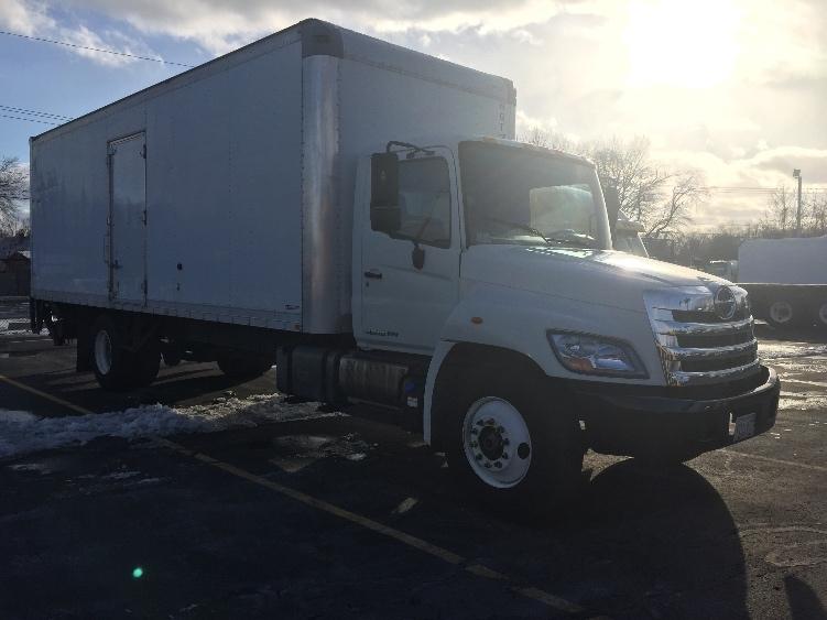 Medium Duty Box Truck-Light and Medium Duty Trucks-Hino-2011-268-CHICOPEE-MA-129,185 miles-$35,250