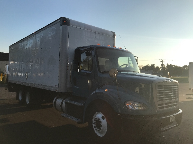 Medium Duty Box Truck-Light and Medium Duty Trucks-Freightliner-2011-M211264S-LONDONDERRY-NH-329,611 miles-$31,500