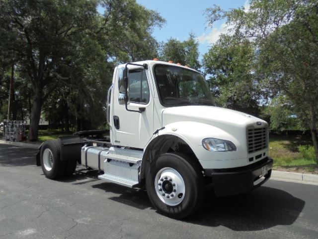 Day Cab Tractor-Heavy Duty Tractors-Freightliner-2011-M2-JACKSONVILLE-FL-207,837 miles-$29,000