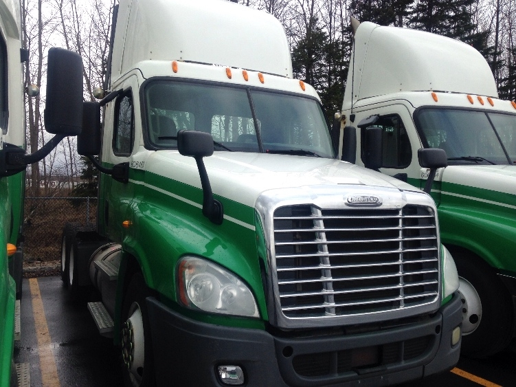 Day Cab Tractor-Heavy Duty Tractors-Freightliner-2011-Cascadia 12564ST-STE-FOY-PQ-773,011 km-$43,500