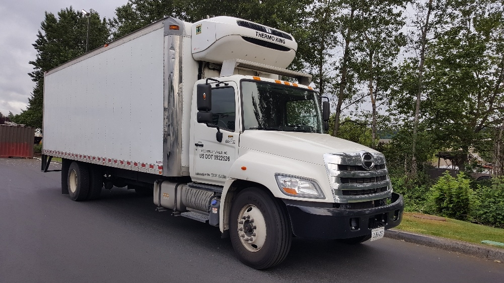 Reefer Truck-Light and Medium Duty Trucks-Hino-2011-268-CLACKAMAS-OR-104,841 miles-$47,500
