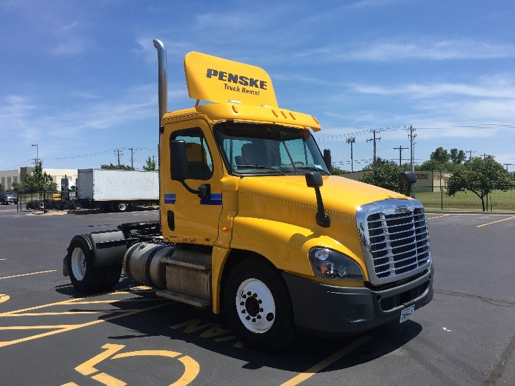Day Cab Tractor-Heavy Duty Tractors-Freightliner-2012-Cascadia 12542ST-OKLAHOMA CITY-OK-277,960 miles-$41,750
