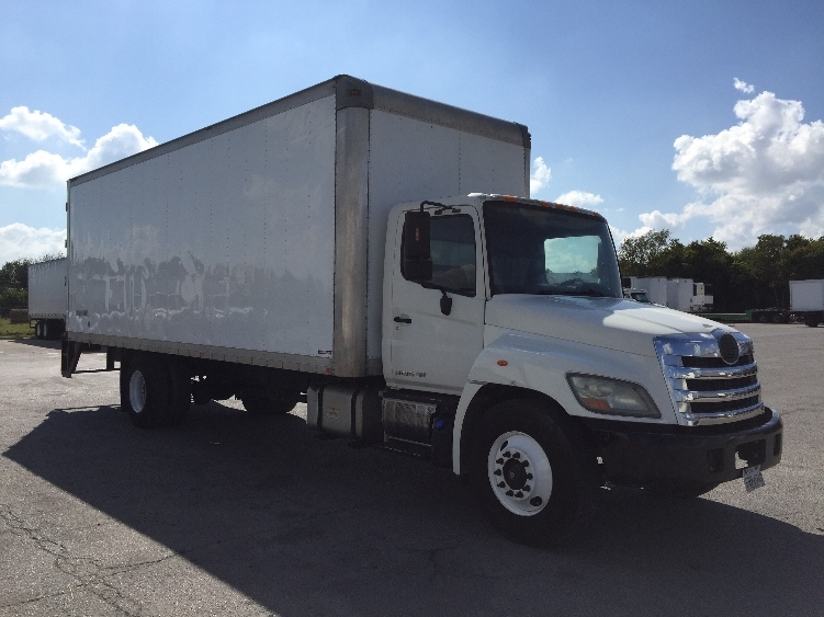 Medium Duty Box Truck-Light and Medium Duty Trucks-Hino-2011-338-SAN ANTONIO-TX-229,197 miles-$20,500