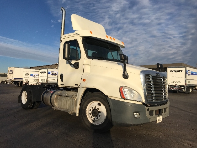 Day Cab Tractor-Heavy Duty Tractors-Freightliner-2012-Cascadia 12542ST-INDIANAPOLIS-IN-342,499 miles-$31,500