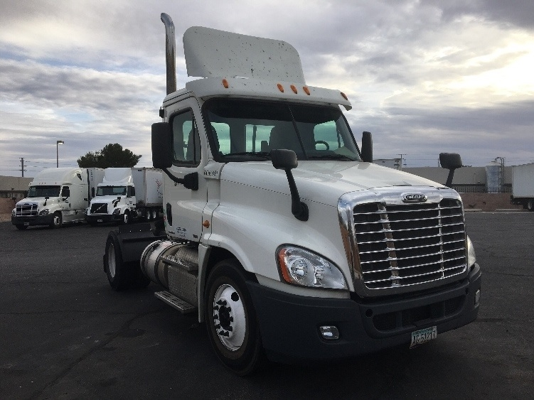 Day Cab Tractor-Heavy Duty Tractors-Freightliner-2012-Cascadia 12542ST-PHOENIX-AZ-469,786 miles-$35,750