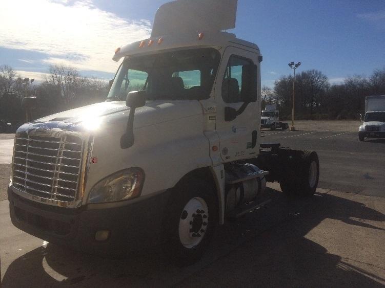 Day Cab Tractor-Heavy Duty Tractors-Freightliner-2012-Cascadia 12542ST-PENNSAUKEN-NJ-514,413 miles-$32,500