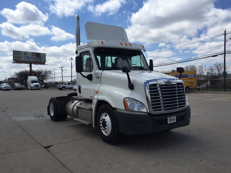 Day Cab Tractor-Heavy Duty Tractors-Freightliner-2012-Cascadia 12542ST-ALLEN PARK-MI-243,221 miles-$38,500