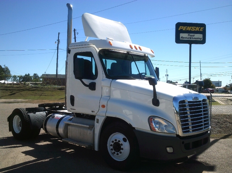 Day Cab Tractor-Heavy Duty Tractors-Freightliner-2012-Cascadia 12542ST-BELDEN-MS-515,512 miles-$28,500