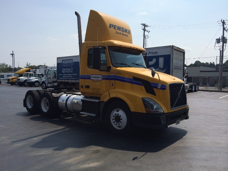 Day Cab Tractor-Heavy Duty Tractors-Volvo-2012-VNL64T300-MEBANE-NC-312,669 miles-$31,750