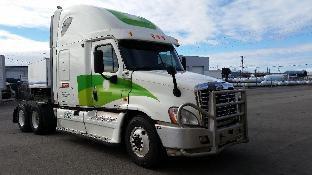 Sleeper Tractor-Heavy Duty Tractors-Freightliner-2012-Cascadia 12564ST-SPOKANE VALLEY-WA-652,133 miles-$34,750