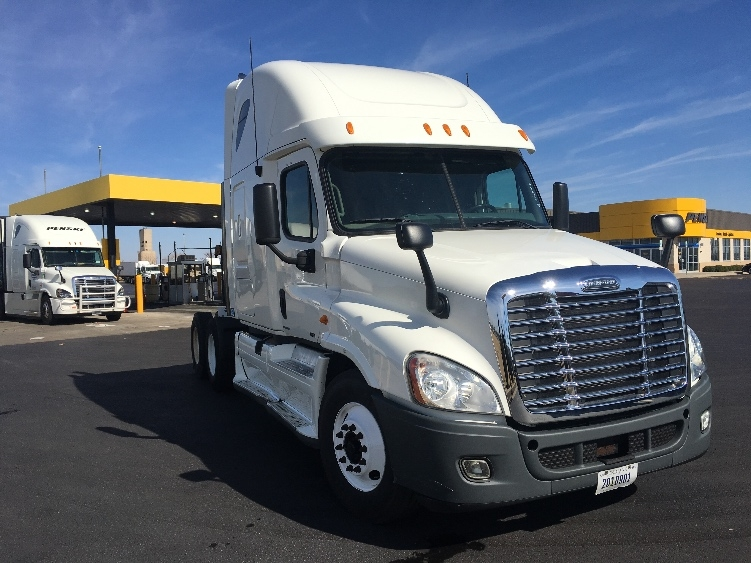Sleeper Tractor-Heavy Duty Tractors-Freightliner-2012-Cascadia 12564ST-OKLAHOMA CITY-OK-390,784 miles-$41,750