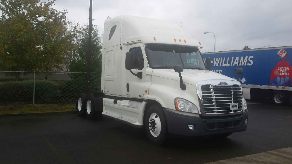 Sleeper Tractor-Heavy Duty Tractors-Freightliner-2012-Cascadia 12564ST-WILSONVILLE-OR-464,116 miles-$51,500