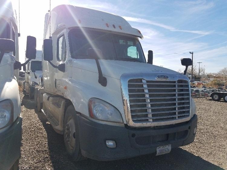 Sleeper Tractor-Heavy Duty Tractors-Freightliner-2012-Cascadia 12564ST-ALBUQUERQUE-NM-534,654 miles-$37,250
