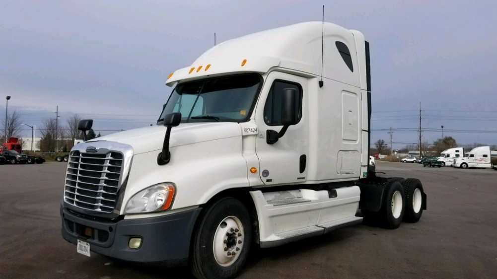 Sleeper Tractor-Heavy Duty Tractors-Freightliner-2012-Cascadia 12564ST-HOLLAND-MI-473,042 miles-$41,000