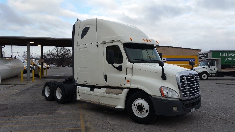 Sleeper Tractor-Heavy Duty Tractors-Freightliner-2012-Cascadia 12564ST-FORT SMITH-AR-441,201 miles-$40,250