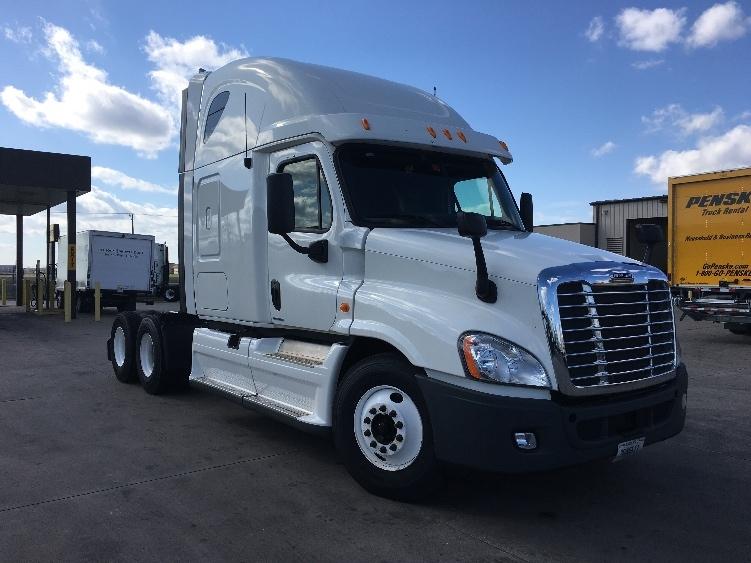 Sleeper Tractor-Heavy Duty Tractors-Freightliner-2012-Cascadia 12564ST-WICHITA-KS-319,365 miles-$43,500