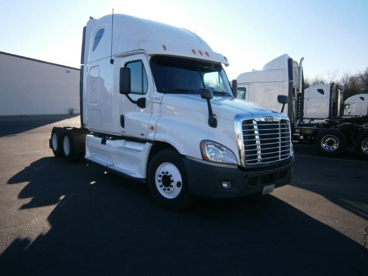 Sleeper Tractor-Heavy Duty Tractors-Freightliner-2012-Cascadia 12564ST-ALLEN PARK-MI-518,247 miles-$39,250