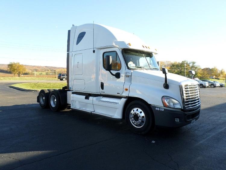 Sleeper Tractor-Heavy Duty Tractors-Freightliner-2012-Cascadia 12564ST-MOBILE-AL-556,441 miles-$36,750