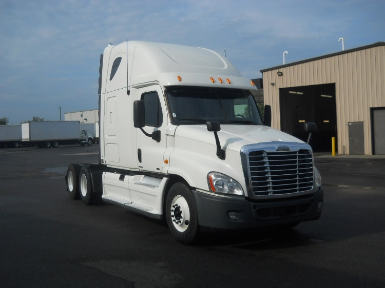 Sleeper Tractor-Heavy Duty Tractors-Freightliner-2012-Cascadia 12564ST-MIDDLEFIELD-OH-602,389 miles-$32,500