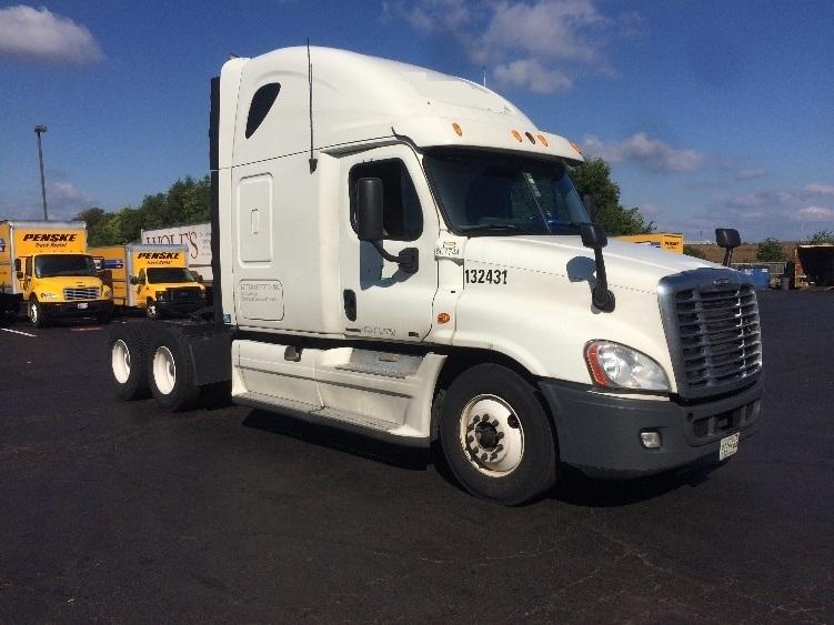 Sleeper Tractor-Heavy Duty Tractors-Freightliner-2012-Cascadia 12564ST-CARLISLE-PA-664,158 miles-$40,500