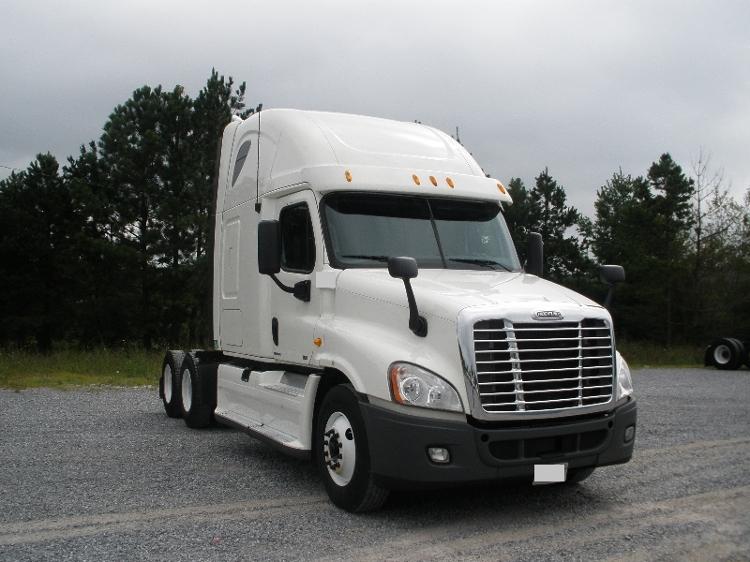 Sleeper Tractor-Heavy Duty Tractors-Freightliner-2012-Cascadia 12564ST-JACKSONVILLE-FL-591,393 miles-$15,000