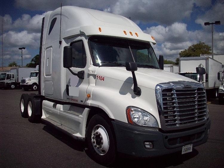 Sleeper Tractor-Heavy Duty Tractors-Freightliner-2012-Cascadia 12564ST-WEST BABYLON-NY-370,194 miles-$49,250