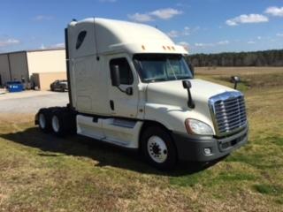 Sleeper Tractor-Heavy Duty Tractors-Freightliner-2012-Cascadia 12564ST-PELAHATCHIE-MS-405,195 miles-$48,000