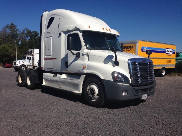 Sleeper Tractor-Heavy Duty Tractors-Freightliner-2012-Cascadia 12564ST-MEBANE-NC-401,369 miles-$45,500