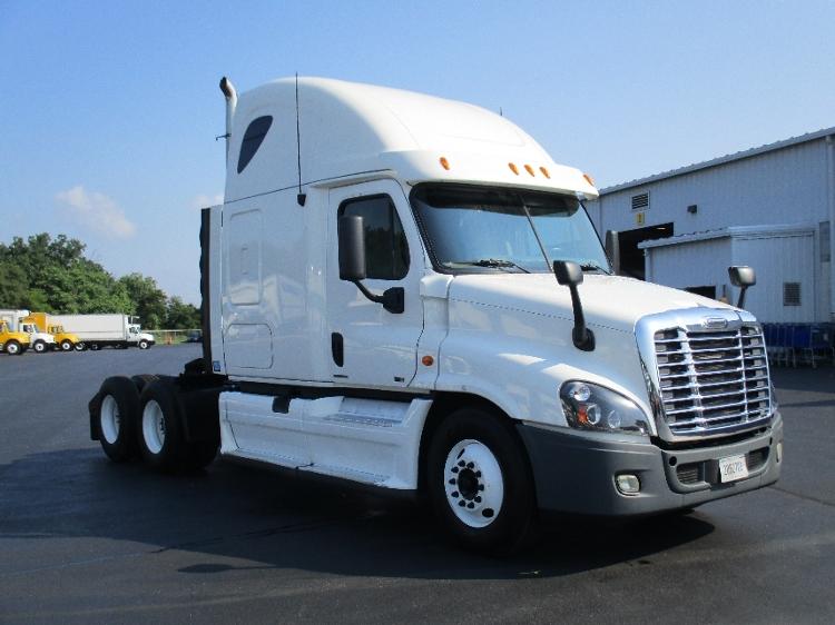 Sleeper Tractor-Heavy Duty Tractors-Freightliner-2012-Cascadia 12564ST-CARLISLE-PA-473,193 miles-$40,000