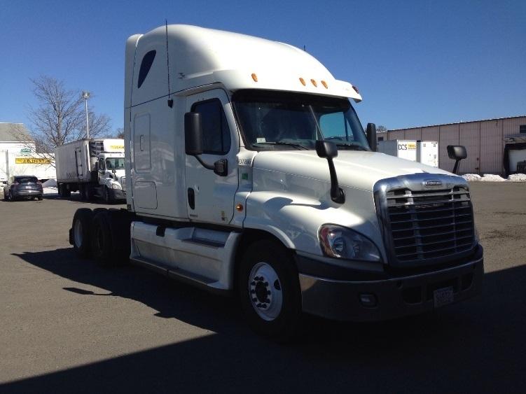 Sleeper Tractor-Heavy Duty Tractors-Freightliner-2012-Cascadia 12564ST-WESTFIELD-MA-560,381 miles-$41,000