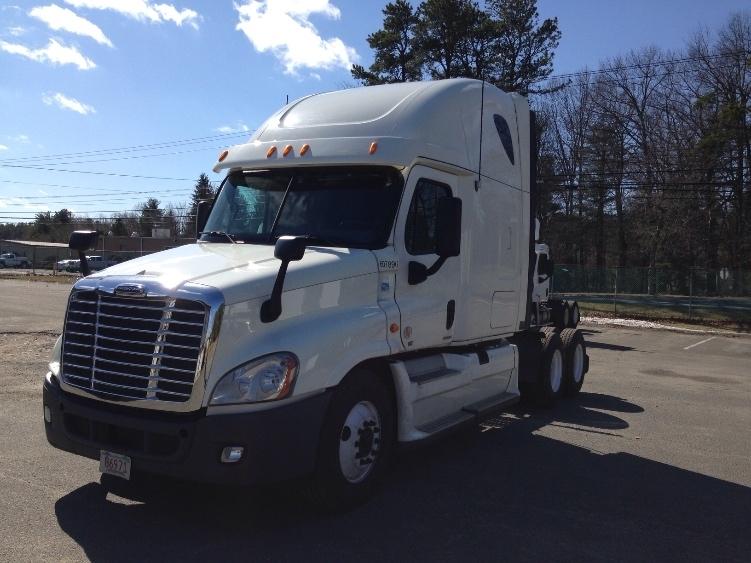 Sleeper Tractor-Heavy Duty Tractors-Freightliner-2012-Cascadia 12564ST-WESTFIELD-MA-726,716 miles-$32,750