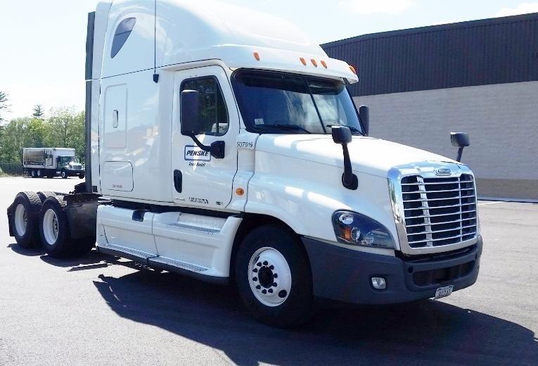 Sleeper Tractor-Heavy Duty Tractors-Freightliner-2012-Cascadia 12564ST-NORTON-MA-493,059 miles-$42,750