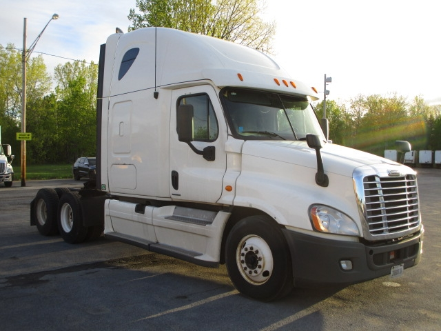 Sleeper Tractor-Heavy Duty Tractors-Freightliner-2012-Cascadia 12564ST-GANSEVOORT-NY-443,247 miles-$14,000