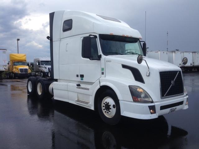 Sleeper Tractor-Heavy Duty Tractors-Volvo-2012-VNL64T670-ROCHESTER-NY-452,277 miles-$38,250