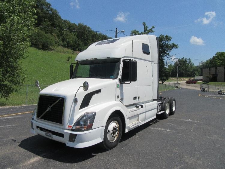 TADC-Heavy Duty Tractors-Volvo-2012-VNL64670-HUNTINGTON-WV-511,943 miles-$38,500