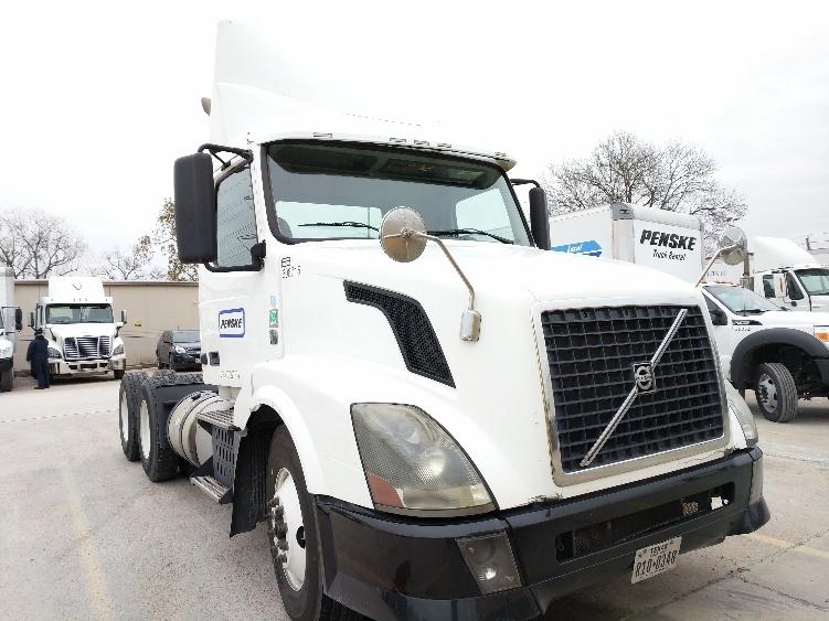 Day Cab Tractor-Heavy Duty Tractors-Volvo-2012-VNL64T300-HOUSTON-TX-260,698 miles-$36,250