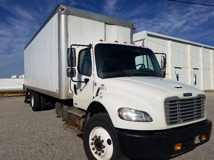 Medium Duty Box Truck-Heavy Duty Tractors-Freightliner-2011-M2-INDIANAPOLIS-IN-385,934 miles-$20,250
