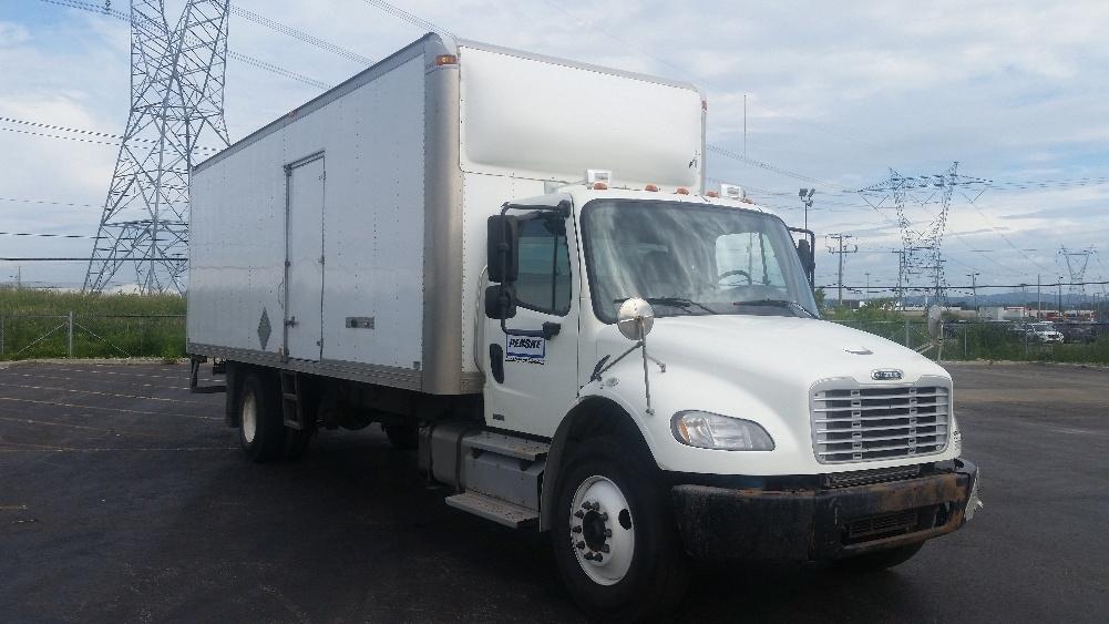 Medium Duty Box Truck-Light and Medium Duty Trucks-Freightliner-2012-M2-STE-FOY-PQ-218,826 km-$40,250