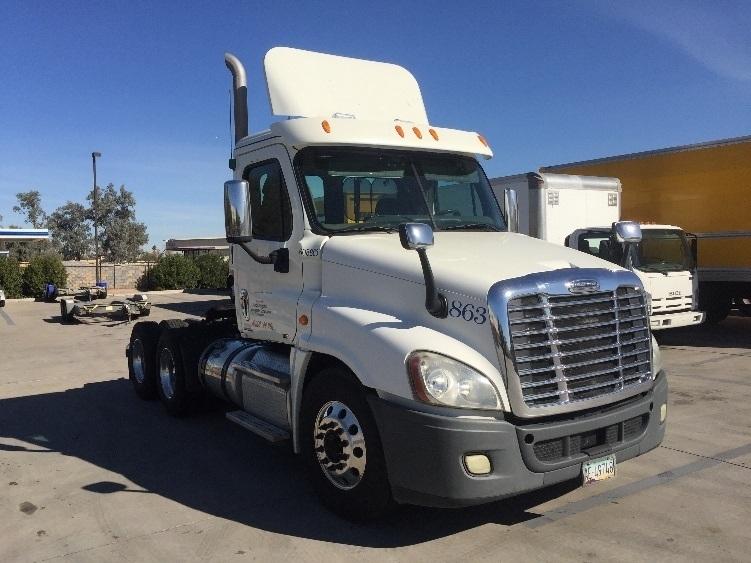 Day Cab Tractor-Heavy Duty Tractors-Freightliner-2012-Cascadia 12564ST-PHOENIX-AZ-371,968 miles-$40,500
