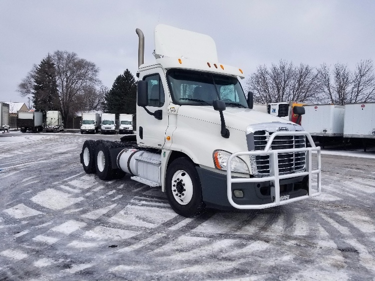 Day Cab Tractor-Heavy Duty Tractors-Freightliner-2012-Cascadia 12564ST-BROOKLYN PARK-MN-446,528 miles-$33,250