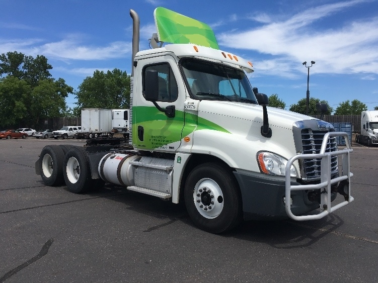 Day Cab Tractor-Heavy Duty Tractors-Freightliner-2012-Cascadia 12564ST-BROOKLYN PARK-MN-460,936 miles-$40,250