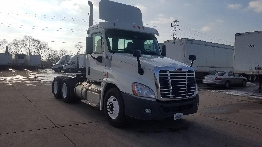 Day Cab Tractor-Heavy Duty Tractors-Freightliner-2012-Cascadia 12564ST-WARREN-MI-209,455 miles-$44,750